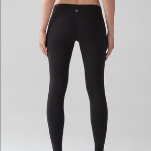 Lululemon - Black Wunder Under Leggings